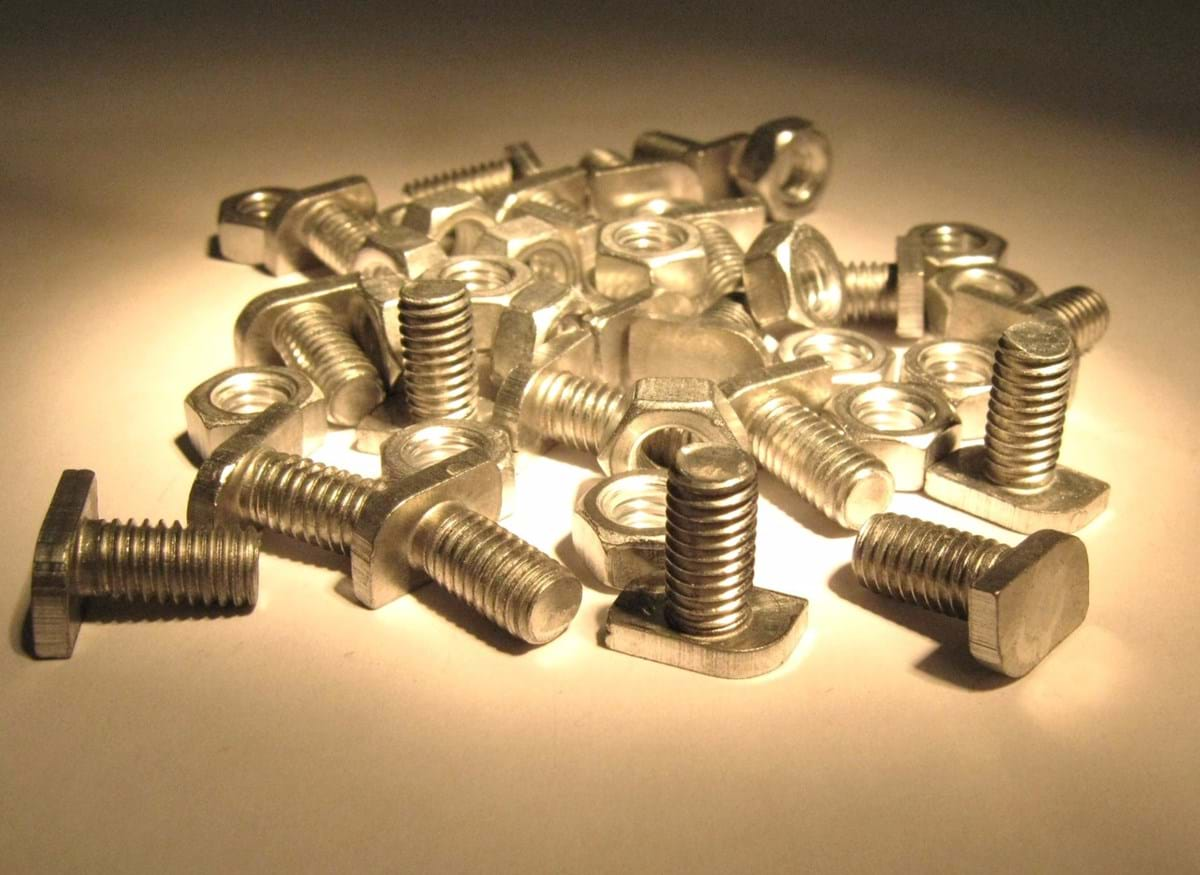 CROPPED NUT/BOLTS - 20 Pcs Aluminium